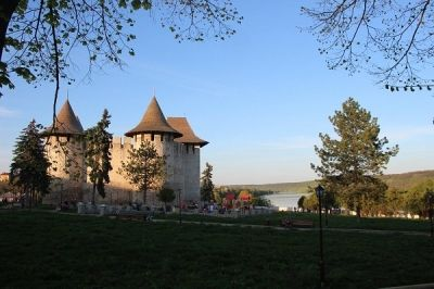 """Primul colocviu al jurnaliștilor din România și R. Moldova pe tema """"Turismul – cunoaștere reciprocă, parteneriate profitabile"""" http://www.antenasatelor.ro/turism/9014-primul-colocviu-al-jurnali%C8%99tilor-din-romania-%C8%99i-r-moldova-pe-tema-%E2%80%9Eturismul-%E2%80%93-cunoa%C8%99tere-reciproca,-parteneriate-profitabile%E2%80%9D.html"""