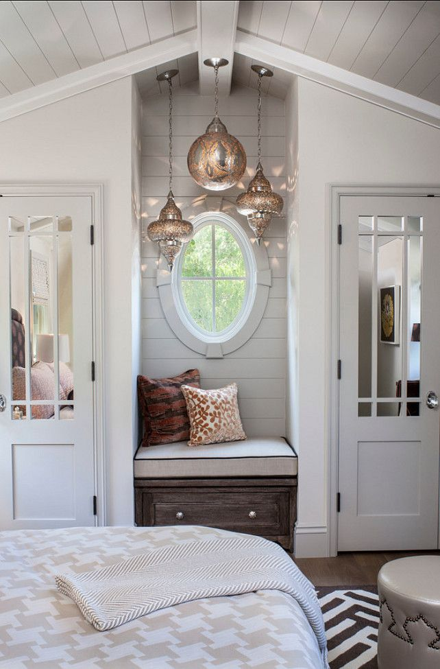 Tour This Amazing Fashion Blogger S Transitional Home Office: 1000+ Images About Circular And Oval Windows On Pinterest