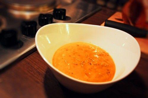 171kcal, höstig 5-2 soppa gjord på butternutpumpa med lite sötma och en twist av lime som gör att den blir jättegod och mättande.