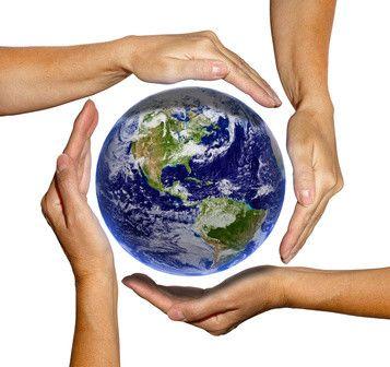 """Heute ist der internationale """"Mach-was-Nettes-Tag"""". Das sollten wir uns auf die Fahne schreiben und zum persönlichen Tagesmotto erklären. Kleine Nettigkeiten gegenüber unseren Lieben, den Arbeitskollegen oder auch unbekannten Menschen, verschaffen jedem Beteiligten ein gutes Gefühl. Ein paar nette Worte, ein bisschen Zuspruch oder tatkräftige Unterstützung – all das bedeutet heute die Welt.  #machwasnettestag #vidensus #kartenlegen #hellsehen #wahrsagen #astrologie #gratisberatung #esoterik"""