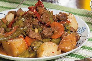 Guiso de verduras con carne de soya