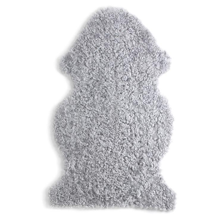 Les 25 meilleures id es de la cat gorie peau de mouton sur pinterest rocking chair eames - Ikea peau de bete ...