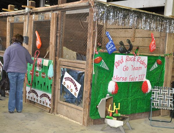 stall decorations - Horse Stall Design Ideas