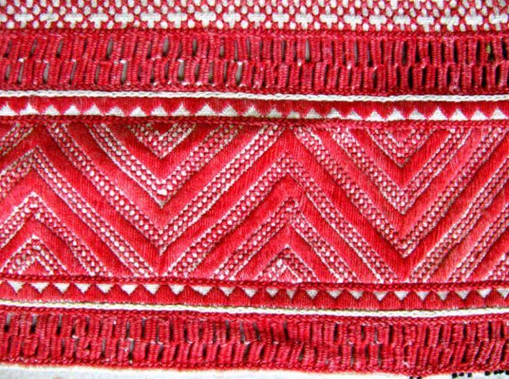Slovak folk embroidery - vysivka podla pocitanej nite