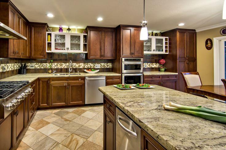 Designer: Sanchali Srivastava, CKD SAN Interior Design, San Jose, CA (408) 705-0448 • sanchali@saninteriordesign.com • www.saninteriordesign.com  Photographer: Mark Pinkerton Virtual Imaging 360, Sunnyvale, CA (650) 793-3633 • mark@virtualimaging360.com • www.virtualimaging360.com