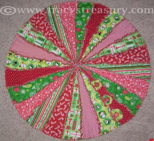 Rag Quilted Christmas Tree Skirt Sewing Tutorial