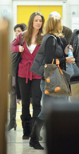 Photos of Kate Middleton at Geneva Airport After Skiing With Prince William March 25 2009