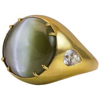 17 Carat Chrysoberyl Cat's Eye Men's Yellow Gold Ring – Pin rings