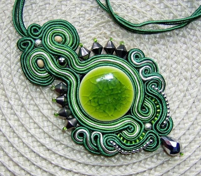 Paratiisi: komplet wisior kolczyki SUTASZ zielony