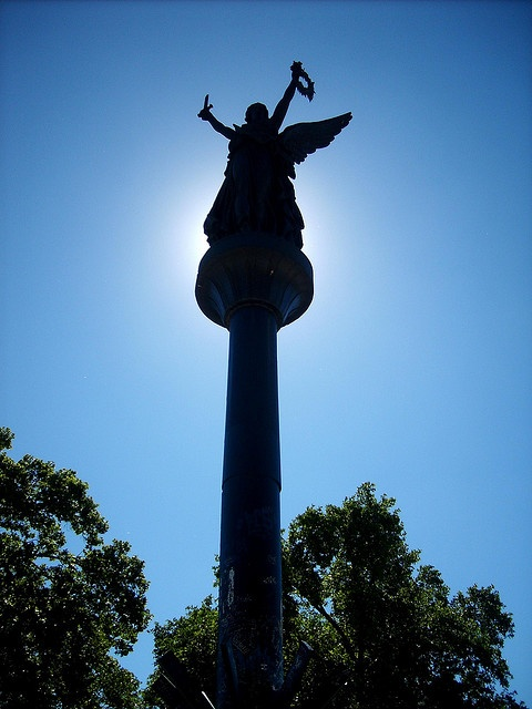 Estatua Plaza de la Victoria