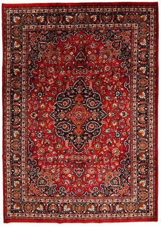 This carpet is knotted in Mashad the capital in the province of Khorasan, an area in norteastern Persia. The patterns are often medallions in dark blue-red and blue nuances and the wool in the carpet is very soft.
