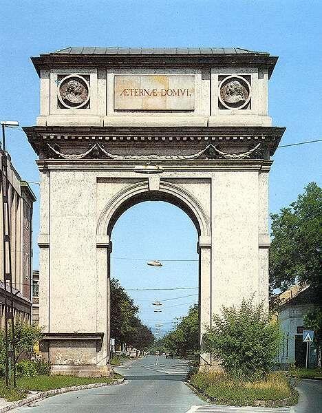 Magyarország egyetlen diadalíve