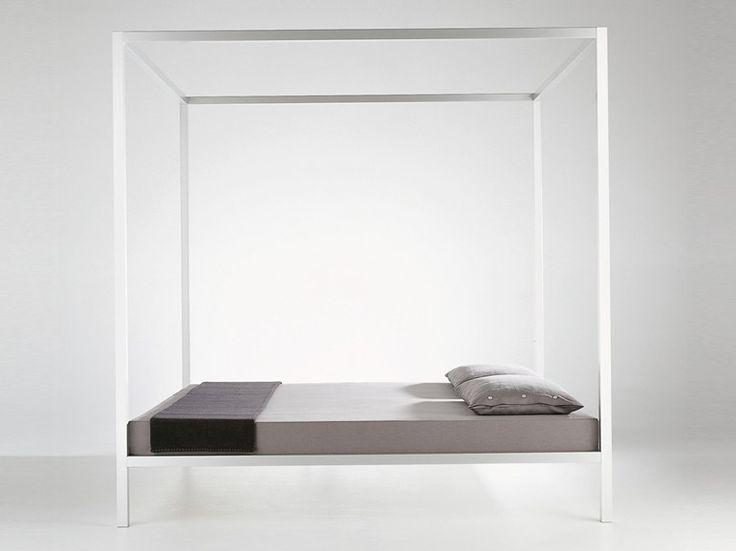 1000 idee su camera da letto con baldacchino su pinterest - Mobili neri camera da letto ...