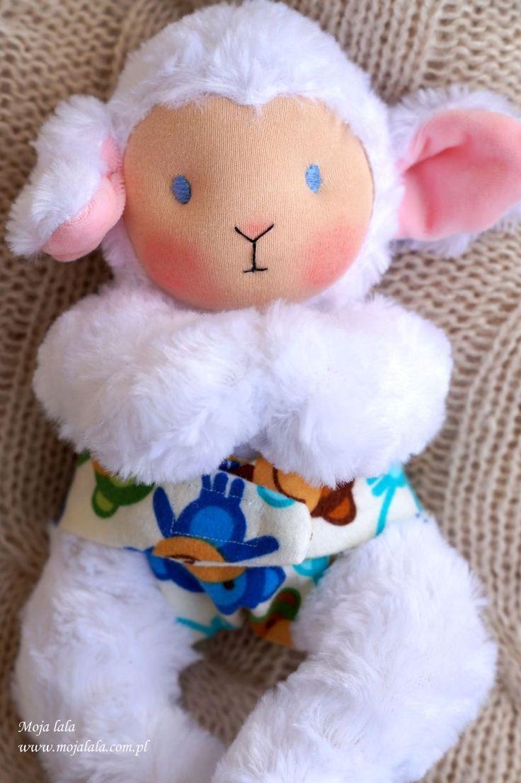 Blog o Dzieciach. Blog dla Rodziców. Szyję lalki waldorfskie, jak również inne pluszaki dla dzieci, są to zabawki przyjazne dzieciom.