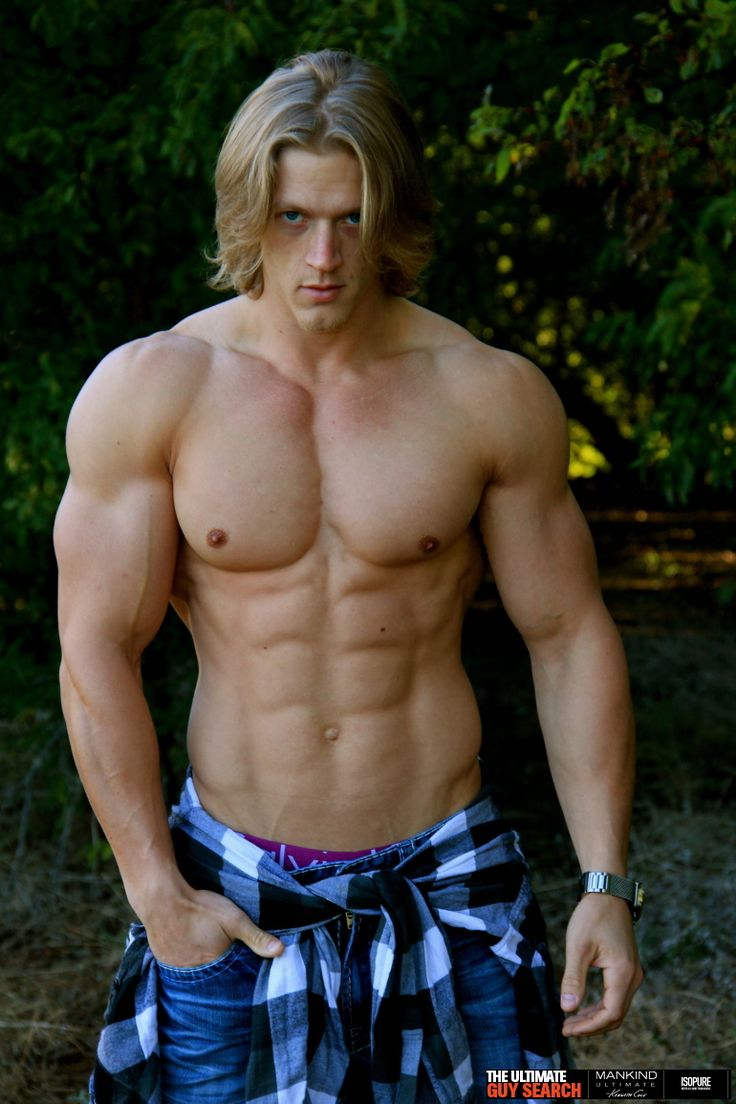 Blonde muscle hunk nude