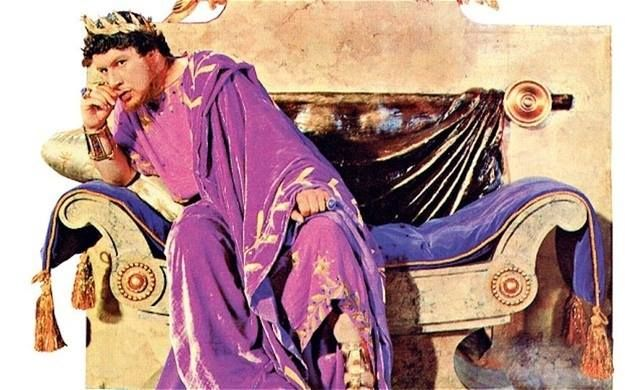In Rome, purple clothing was exclusively reserved for emperors and magistrates. #Trivia #FashionFacts