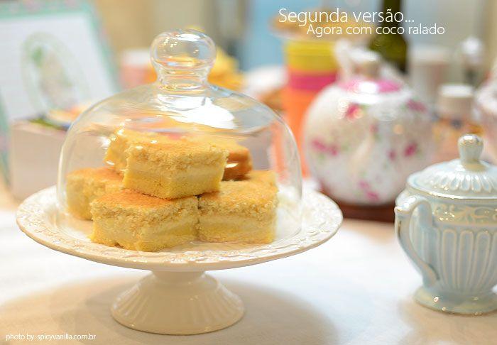 bolo fuba cremoso Receita aqui: http://www.spicyvanilla.com.br/2014/01/cinthianacozinha-bolo-cremoso-de-fuba/