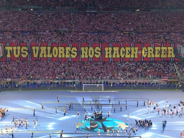 Tifo de la Final de la Liga de Campeones 2016. Milán.