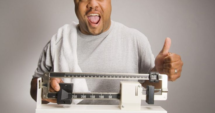 """Cómo perder peso con gotas hcg. La gonadotropina coriónica humana es una hormona que se encuentra en las mujeres embarazadas. A.T.W. Simeón, en su ensayo """"libras y pulgadas"""", afirmó que tomar gotas de HCG mientras te sometes a una dieta baja en calorías puede producir dramáticos resultados de pérdida de peso en poco tiempo mediante la supresión del apetito y fomentar que el ..."""
