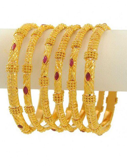 Image from http://3.bp.blogspot.com/-0_16CTSLeKc/T4UgklfK6EI/AAAAAAAABcw/gsk61VEI47E/s1600/Latest+Fashion+Gold+Bangles+Designs+for+Bridals-emoo+fashion+-4.jpg.