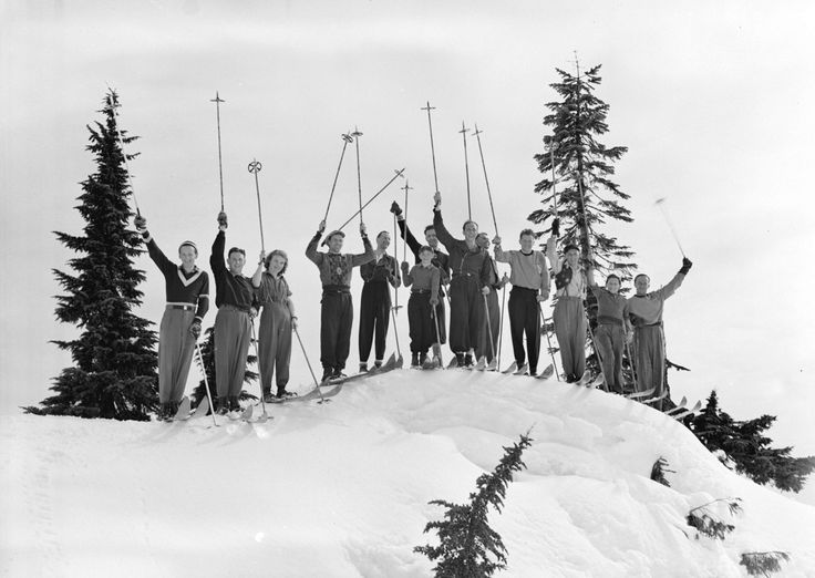 Archive Photos of Skiing