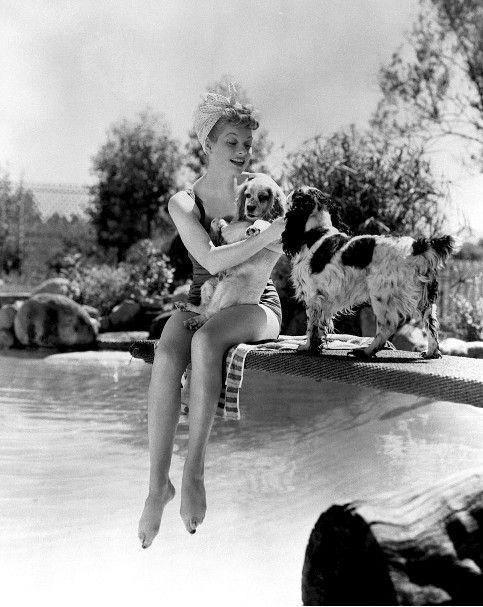 Lucille-Ball-and-friends.jpg (483×607)