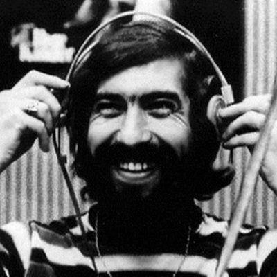 Cornel Chiriac s-a născut la 9 mai 1942 în Transnistria. A făcut liceul în Piteşti şi a absolvit Facultatea de Limbi Străine la Universitatea Bucureşti. Era un impătimit al jazz-ului, devenind în scurt timp cel mai cunoscut comentator de radio în genurile pop, rock, jazz al anilor '60. În 1967, a început la Radio România, alături de Geo Limbaşanu, emisiunea