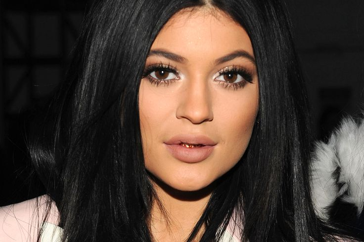 Kylie Jenner Wallpapers  New HD Wallpapers Download