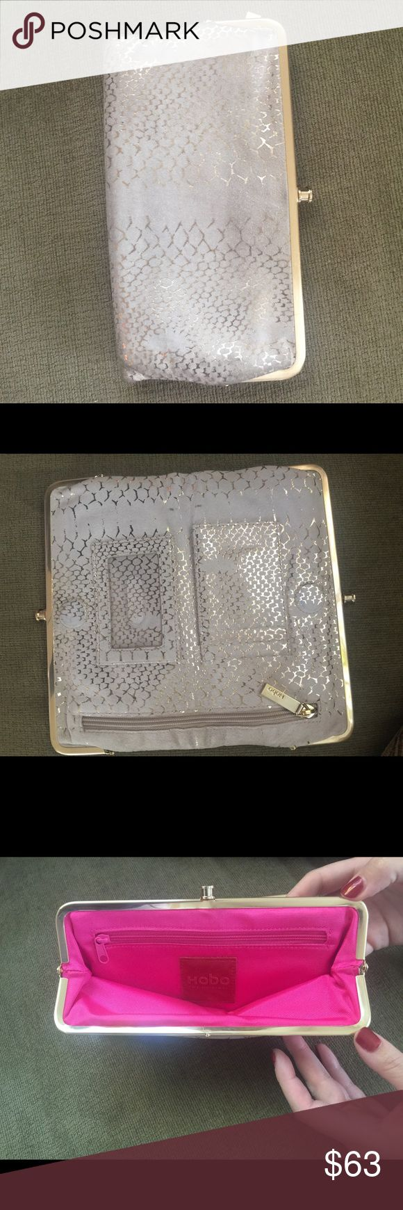 HOBO WALLET-Cream and Gold Cream and gold HOBO wallet, mild wear, excellent condition. HOBO Bags Hobos