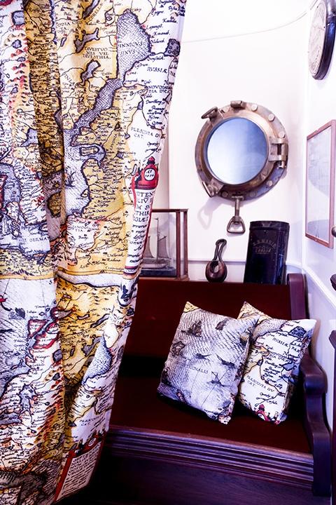 Pohjola curtain and pillowcases. Design John Nurminen Foundation
