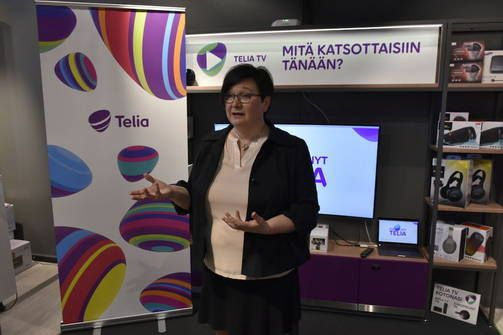 Jatkossa Suomessa voimassa oleva datapaketti on käytössä koko EU-alueella, Telian kuluttajaliiketoiminnasta vastaava Heli Partanen kertoo.