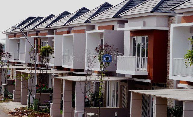 Jokowi Ingin Bangun 2 Juta Rumah/Tahun, Bisakah?   19/12/2014   Jakarta -Pemerintah pimpinan Joko Widodo (Jokowi) dan Jusuf Kalla (JK) menargetkan pembangunan 2 juta unit rumah atau hunian tiap tahun. Sehingga sampai 2019 akan 10 juta unit rumah baru. Bisakah?Dari ... http://news.propertidata.com/jokowi-ingin-bangun-2-juta-rumahtahun-bisakah/ #properti #rumah #jokowi
