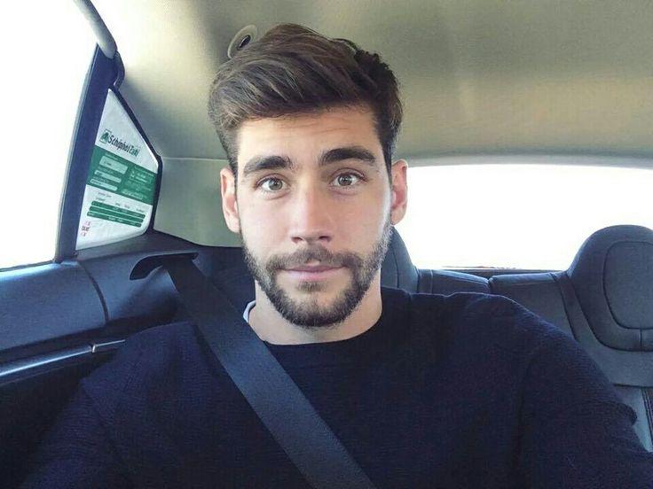 Tan guapo es Alvaro Soler ♥