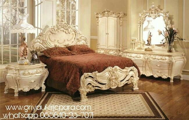 Product : Bedroom Roccoco Material :  Kayu Mahoni Finishing : Cat Duco Excellent Price : Contact Us  Whatsapp 085640237071  Call 082331583274