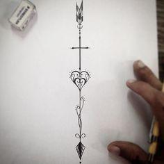 Fé e amor! Flechinha feminina bem delicada disponível p tatuar! #draw #desenho…