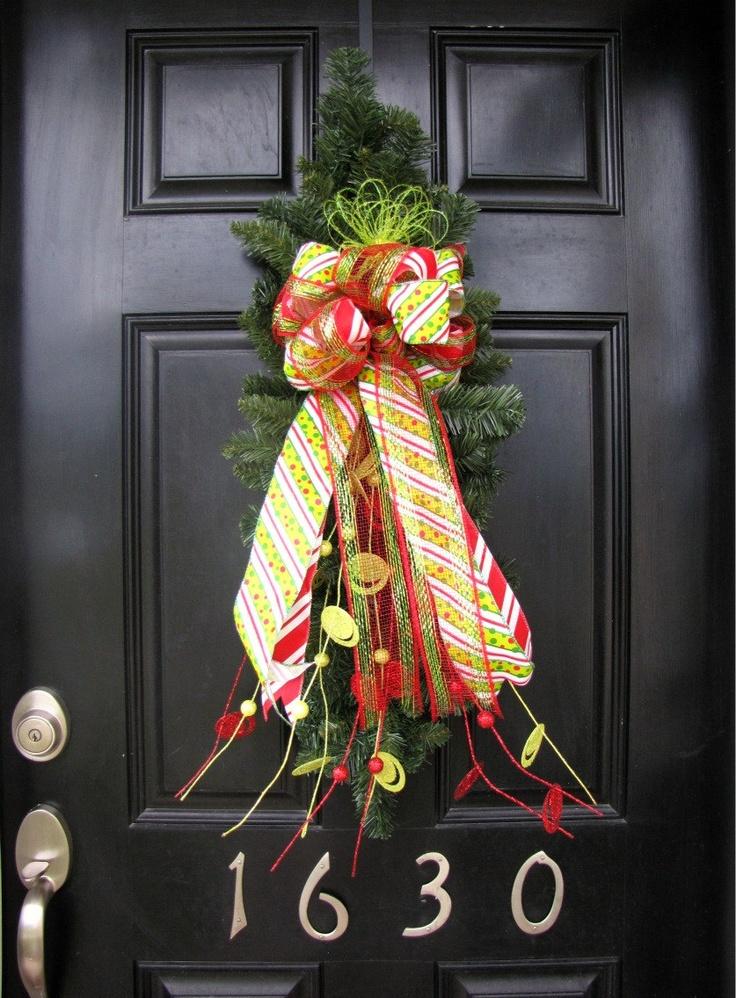 104 best Wreaths images on Pinterest Christmas wreaths, Christmas