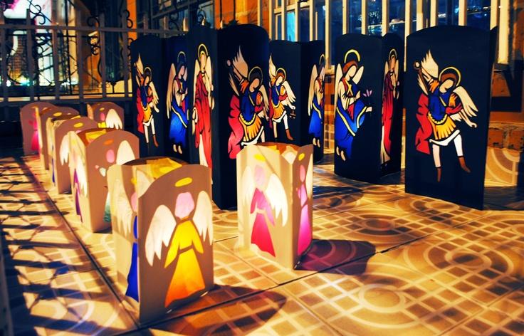 y este año dedicados a esos seres que siempre nos protegen y mantiene con la virgen #MIGUEL, #GABRIEL Y #RAFAEL #2012 #Navidad #Faroles #Armenia #Quindío #Colombia