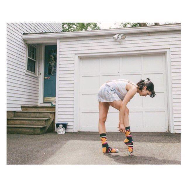 @bstoner92 du @bostonballet est notre #ballerinaoftheday. Ou comment être canon en chaussettes et en vieux caleçon. Crédit photo #kennethbedwards.