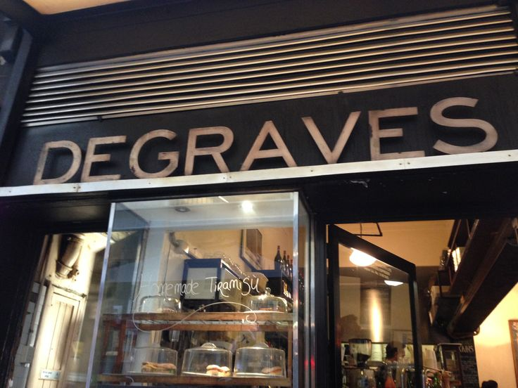 Degraves coffee shop on Degraves St, Melbourne