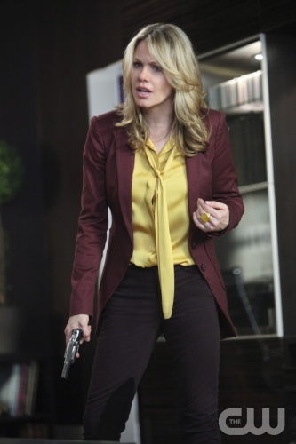 """""""It's Called Improvising, Bitch!"""" - Pictured: Andrea Roth as Catherine Martin in Ringer on The CW. Photo: Adam Taylor/The CW ©2012. The CW Network. All Rights Reserved."""