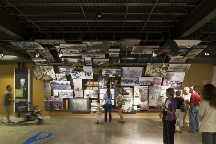 Museum visitors explore local history through the multi-dimensional interactive display wall.: Modern Interiors Design, Museums Exhibitions, Photos Wall, Exhibitions Photos, Exhibitions Design, Museums Display, Sigal Museums, Farmers Architects, 3D Spaces