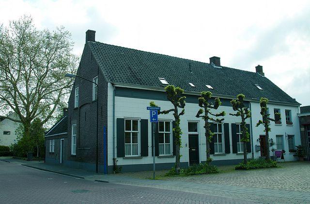 Schoolstraat 5 Goirle by Stichting Steengoed Goirle, via Flickr