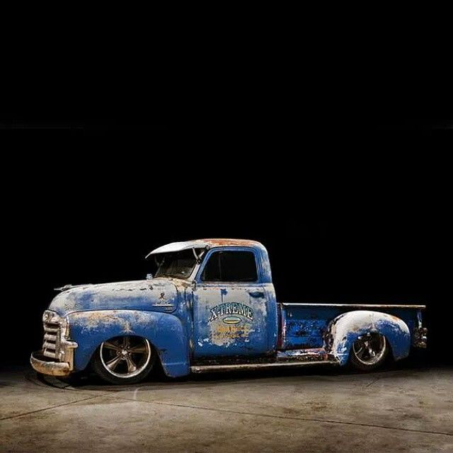 Grounded. #tbt #throwback #throwbackthursday #slammed #stanced #pickup #truckin #oldschool #chevy #stepside #jj #love #instagood #igers #igdaily #photography #photooftheday #xsauto #bornauto #xenonsupply