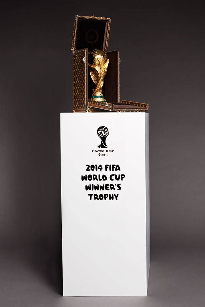 Gisele Bundchen To Present FIFA World Cup Trophy; in a Louis Vuitton trunk! Click for more