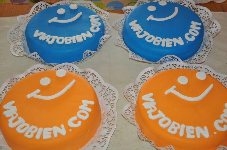 Tortas personalizadas para los amigos de viajobien.com