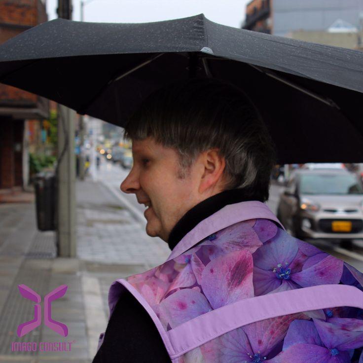 pic: fashion design by Imago Consult.
