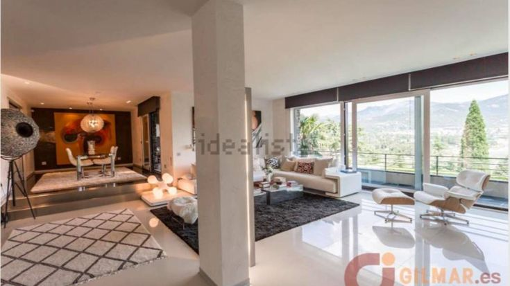 Así es la mansión de Carlos Lozano en la sierra de Madrid