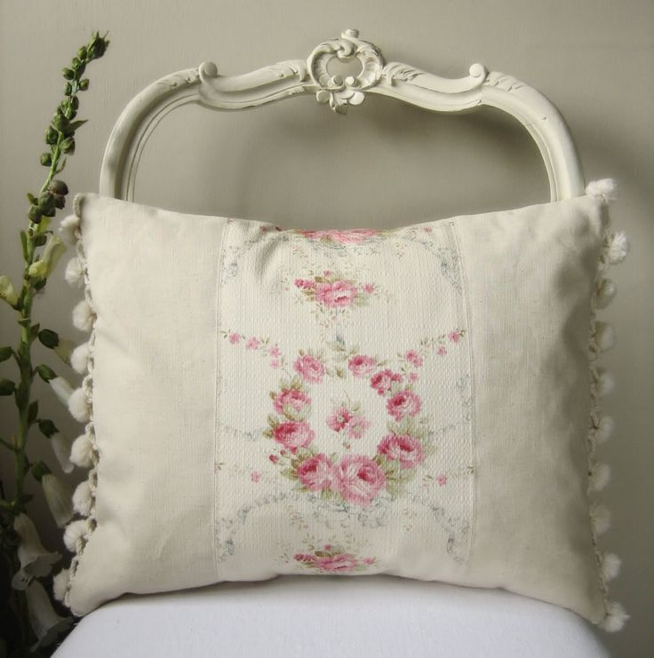 love this rose pillow