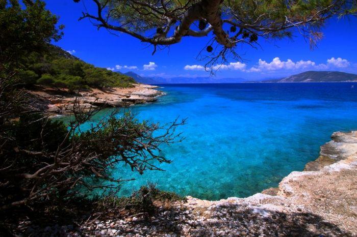 Moni islet seascape