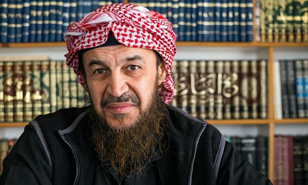 Untaian Nasehat Al-Maqdisi (3) : Seimbang dalam Menjaga Rahasia
